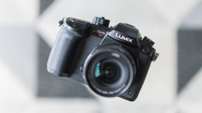 best photography cameras 2018 Panasonic Lumix GH5S